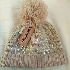 NWT Wallflower Blush One Size Winter Hat PomPom